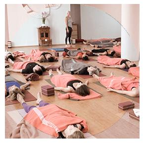 Yogalehrer Ausbildung in Deutschland mit Patricia Thielemann