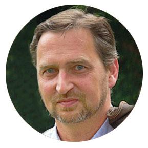 Eckard Wolz-Gottwald Yogalehrer Ausbildung